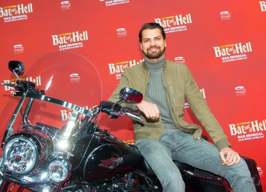 Deutschlandpremiere Jim Steinmans BAT OUT OF HELL - Das Musical im Stage Metronom Theater Oberhausen 8. November 2018 Jimi Blue Ochsenknecht