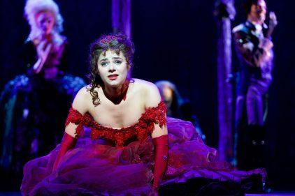 Diana Schnierer als Sarah - DerKultur.blog - Brand Stage Entertainment