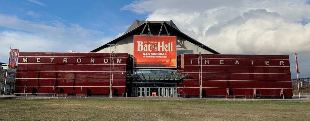 Bat out of Hell - DerKultur.blog