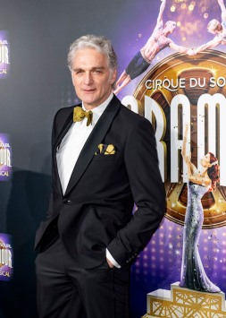 Schauspieler Walter Sittler STAGE ENTERTAINMENT: Cirque du Soleil – PARAMOUR – Europapremiere. Foto: Stage Entertainment