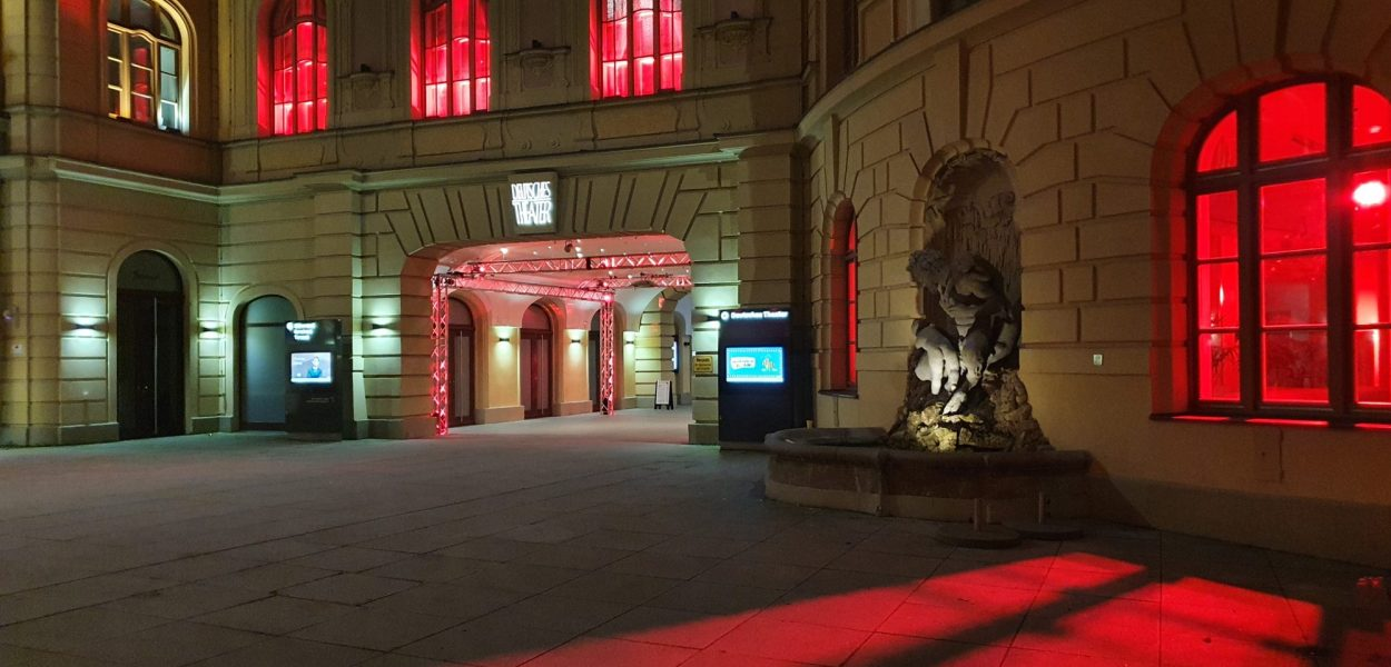 DerKultur.blog - Alarmstuferot - Deutsches Theater München